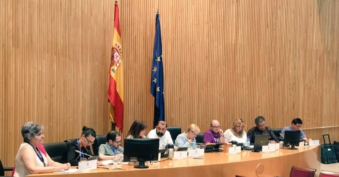 Intervención de Toni Poveda (centro) en la jornada de ayer en el Congreso de los Diputados.